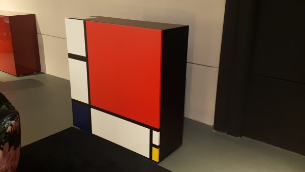 Cappellini outlet